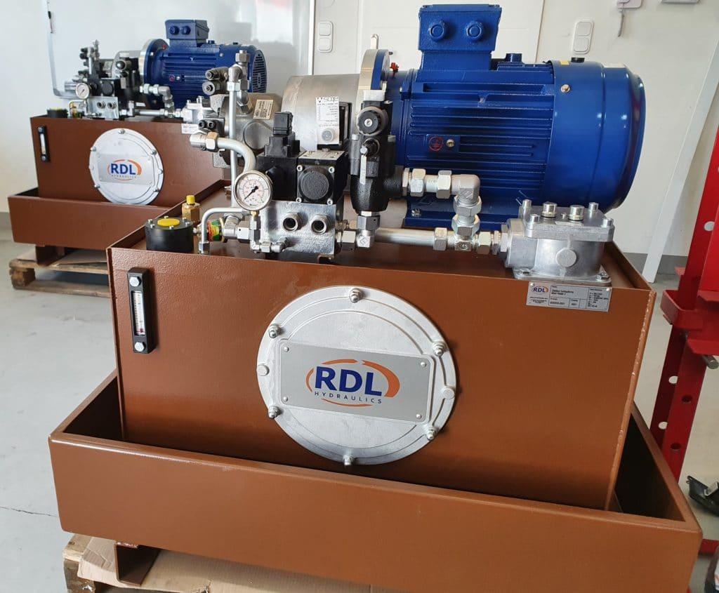 wykonanie zgodne norma bezpieczenstwa pn en iso 13489 execution in accordance with the pn en iso 13489 safety standard 1024x845 - Hydraulic power units